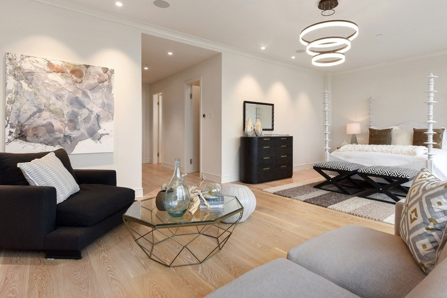 Broadway Large Master Bedroom With Coffee Table, Lounging Space And Modern Overhead Lighting